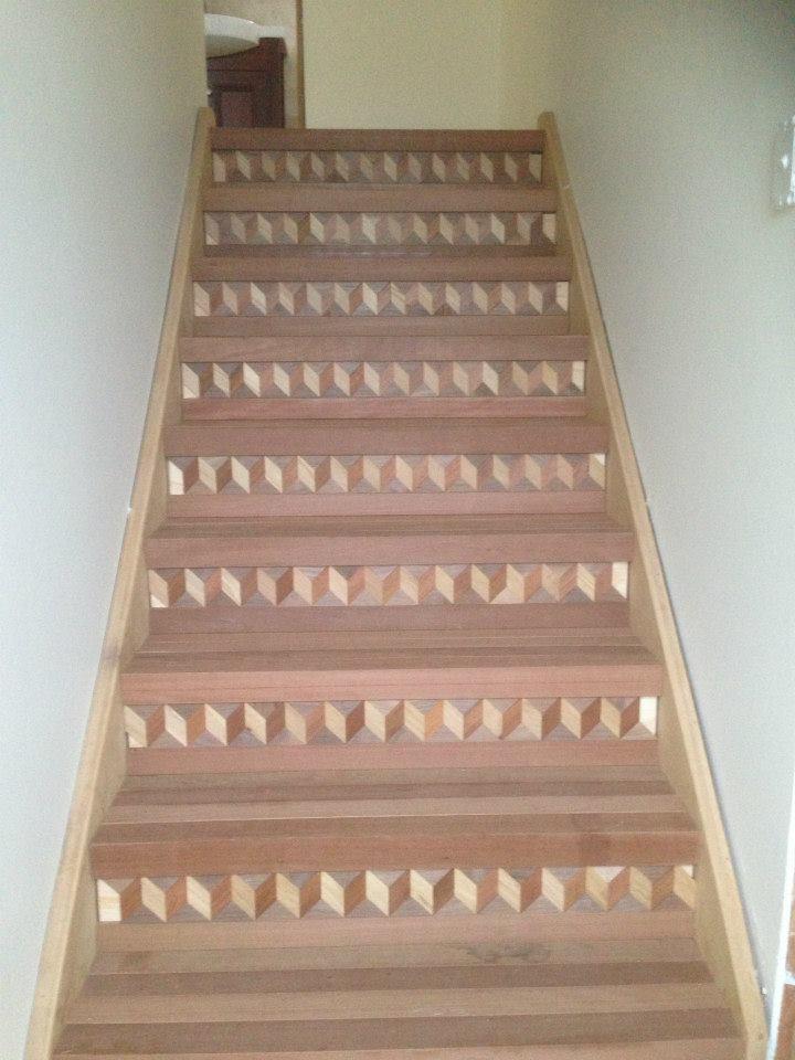 Montáž nového dřevěného schodiště
