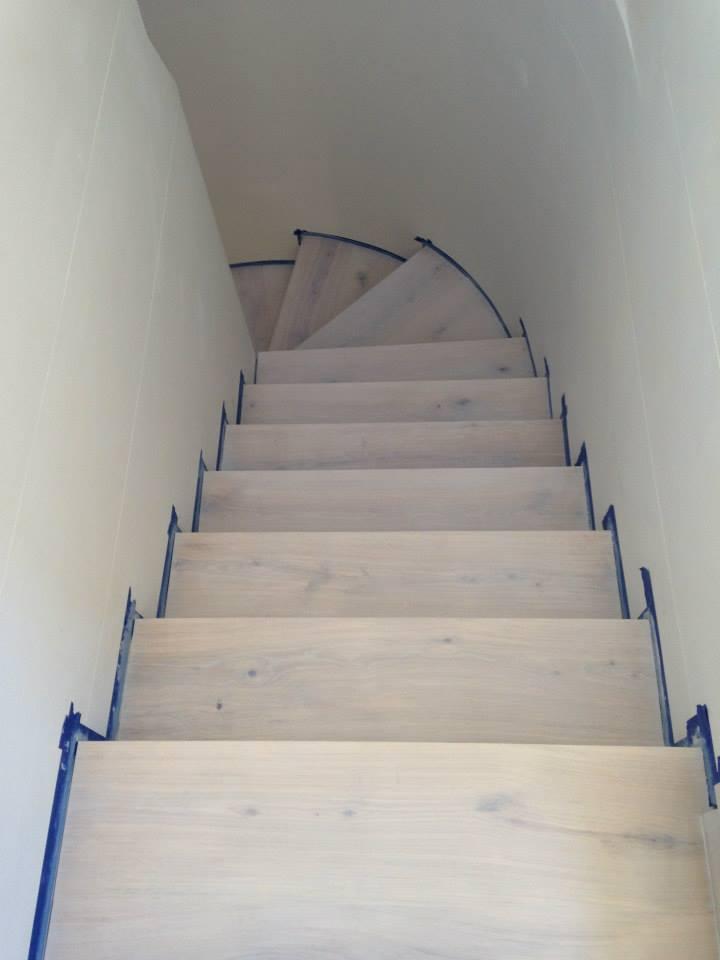 montaz-schodiste-z-masivu06