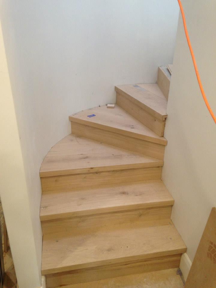 montaz-schodiste-z-masivu10