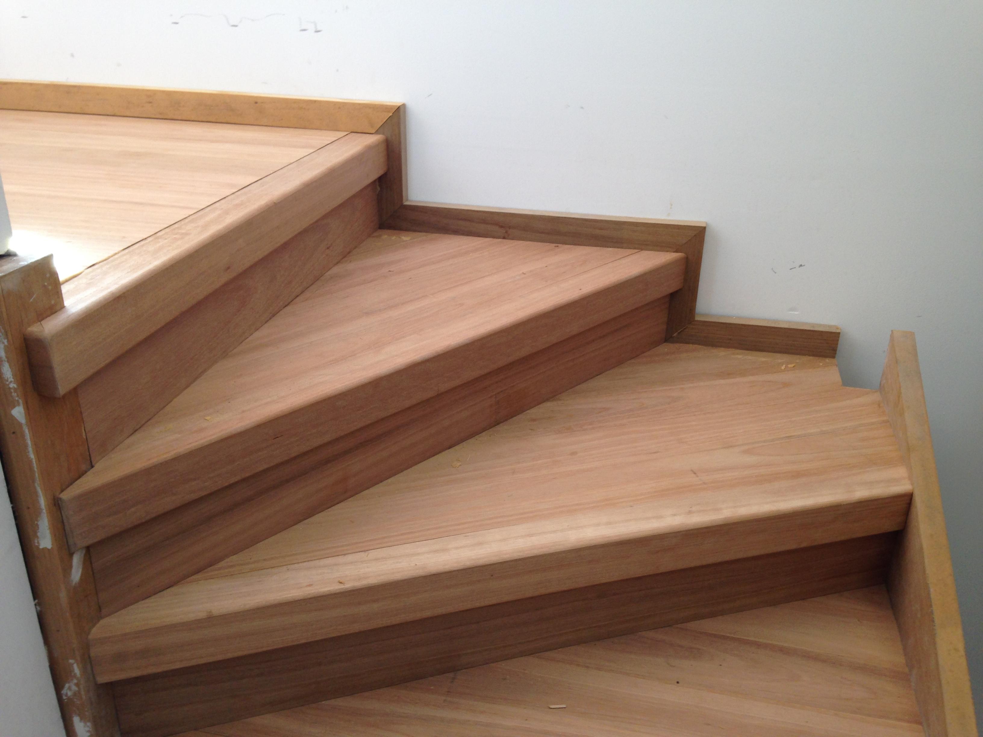 montaz-schodiste-z-masivu24
